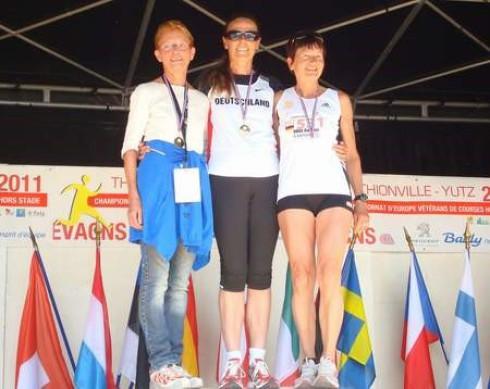 DLV-Mannschaft W60 von li.: Edith Knobeloch, Monika Müller und Gudrun Vogl