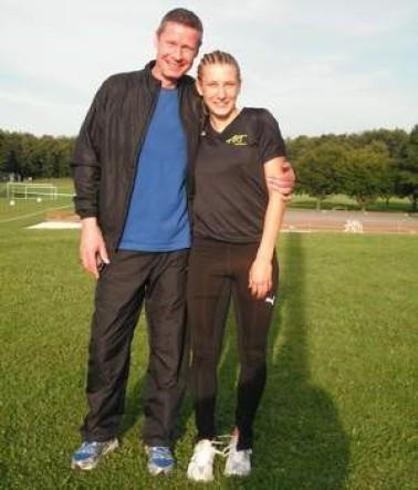 Zwei glückliche ARTler: Carolyn und ihr Trainer Frank Dukat