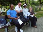 ... mit seinen Sprintern aus Afrika und Carolyn Moll.