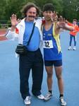 ART-Trainer Juri Zwetkow mit seinem Schützling Chittarin Taengthong (2. Platz über 1000 m Schüler M15 in ausgezeichneten 2:58,87 Minuten).