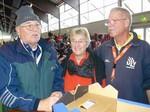 Als Wettkampfhelfer waren u.a. im Einsatz v.li.: Ernst Schumacher, Ingrid Adam und Werner Angermund