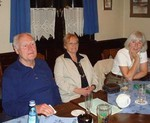 ....... während sich Rudi, Uschi und Karin schöngeistlicheren  Dingen widmeten.