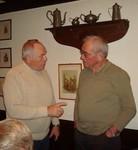 Noch ist es nicht bekannt, was die beiden Vorsitzenden Ernst und Gerd hier diskutierten.