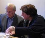 Ursula Hohenberg in angeregter Diskussion mit Klaus                                                  Leineweber. Geht es hierbei schon um die Gestaltung                                                  der Kreisbestenliste 2010?